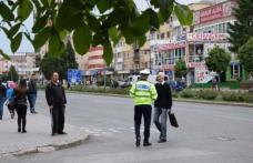 Pietoni indisciplinaţi sancţionaţi de poliţiştii rutieri