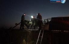 Incendiu puternic la un adăpost de animale din Dimăcheni! Pompierii dorohoieni au intervenit pentru stingere - FOTO