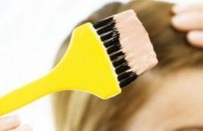 O adolescentă de 17 ani a murit la 20 de minute după ce şi-a vopsit părul