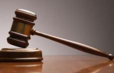 Executor judecătoresc din Dorohoi condamnat la 3 ani și 6 luni  închisoare.Trebuie să plătească BCR suma de 594.778,58 lei