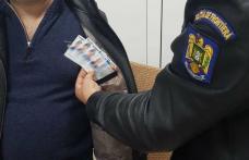Cărţi de identitate false, descoperite la controlul de frontieră - FOTO