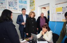 Prefectul Dan Şlincu şi-a exercitat dreptul de vot - FOTO