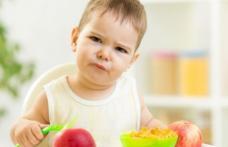 De ce este greșit să-ți forțezi copilul să mănânce când se simte rău. Explicația unui specialist