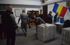 BULETINELE de vot pentru turul doi au ajuns la Botoșani sub paza Inspectoratului Judeţean de Jandarmi - FOTO
