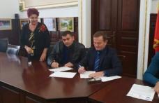 Primăria Dorohoi: Au fost semnate încă 3 contracte în cadrul Concursului de planuri de afaceri Business Start Dorohoi - FOTO