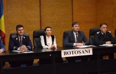Videoconferinţă cu şeful MAI pe tema alegerilor, la Prefectură - FOTO