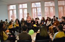 Recunoștință manifestată de către elevii Liceului Regina Maria Dorohoi - FOTO