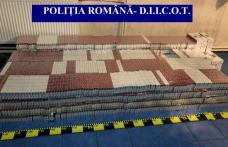 Percheziții la contrabandiștii din județul Botoșani. Cantitate uriașă de țigări confiscată