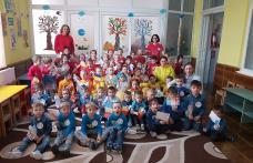 """""""La Mulţi Ani, Români mici și mari!"""" vă urează Grădinița cu P.P. nr.6 Dorohoi - FOTO"""