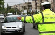 Pericol pe șosele. Botoșănean prins la volan fără permis și băut