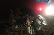 Accident! Două persoane rănite după ce o mașină s-a răsturnat la ieșirea din Dorohoi - FOTO