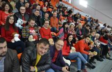Tinerii Social Democrați alături de handbaliști de la CSM Botoșani - FOTO