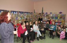 Târg de carte și lansare la Biblioteca Municipală din Dorohoi - FOTO
