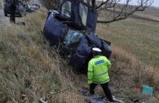 Cinci persoane rănite grav într-un accident la Cucorăni