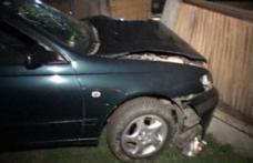 """Un """"viteaz"""" de 19 ani s-a ales cu dosar penal după ce a condus fără permis, băut și a produs un accident"""