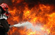 Incendiu puternic la un adăpost de animale și un depozit de furaje în a treia zi de Crăciun