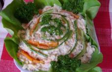 Salată de conopidă cu piept de pui
