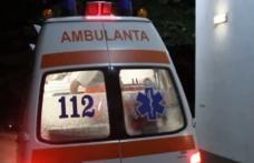 Tânăr transferat la Iași după ce a fost acroșat de o mașină la Mihăileni