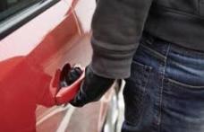 Adolescentul care a furat o mașină în noaptea de revelion, a fost reținut