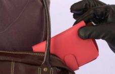 Femeie din Dorohoi, cercetată după ce a furat portofelul unei alte femei
