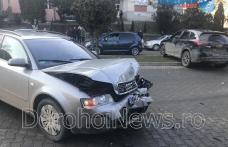 Carambol cu trei mașini pe Bulevardul Victoriei din Dorohoi. Două persoane au fost rănite – FOTO