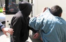 Doi minori cercetați pentru furt calificat. Au furat sucuri în valoare de 500 de lei