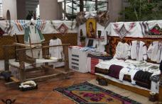 Suflet, Dor și Vise cu păpuși - Expoziție de obiecte tradiționale la Dorohoi
