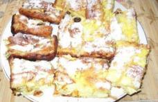 Placintă creaţă cu branză dulce şi stafide