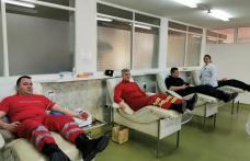 Pompierii botoșăneni îi provoacă pe jandarmii din Botoșani și pompierii din cadrul ISUVrancea să doneze sânge!