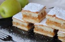 Prăjitură cu mere cu foaie turnată
