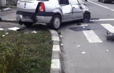 Accident produs pe fondul neacordării de prioritate. Unul dintre șoferi era băut