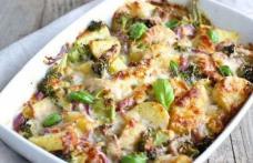 Musaca de cartofi, ciuperci şi broccoli