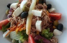 Cea mai delicioasă salată cu ton