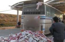 Țigări de contrabandă ascunse în pâine şi detergent, descoperite la vămile Siret şi Sculeni