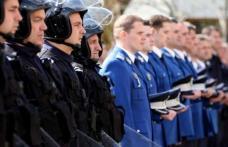 La mulți ani! Jandarmii botoșăneni la datorie și de ziua lor