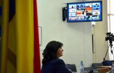 Ministerul Educației va reglementa prin lege școala online