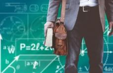 Salariile profesorilor se plătesc integral - ministrul Educației