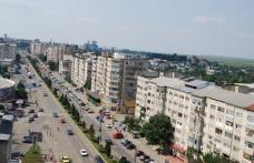 O nouă zi, o nouă deraiere! Infrastructura rutieră din municipiul Botoșani pune serios în pericol viața cetățenilor