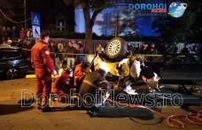 Ciocnire violentă între trei mașini la Botoșani! Persoane încarcerate și mai mulți răniți - FOTO