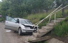 Accident la Suharău! A lovit un pieton, după care s-a izbit într-un cap de pod - FOTO