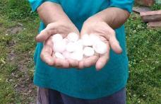 Furtuni cu grindină în județul Botoșani. Mai multe localități au fost afectate - FOTO