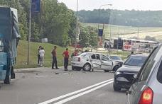 Accident! Două autoturisme s-au ciocnit la ieșirea din Botoșani spre Suceava