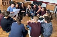"""Colegiul Național """"Grigore Ghica"""" Dorohoi își caută poveștile și povestitorii – Gând pentru absolvenții clasei a VIII-a - FOTO"""