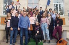 """Colegiul Național """"Grigore Ghica"""" Dorohoi – Educație și dezvoltare personală prin activități extrașcolare - FOTO"""