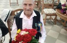Veteran de război sărbătorit la împlinirea vârstei de 100 de ani - FOTO