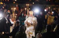 Un preot din Suceava a fost amendat pentru slujba oficiată alături de ÎPS Teodosie, fără măști și distanțare socială