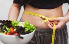 Cum poți slăbi 8 kilograme în 10 zile mâncând multe alimente verzi