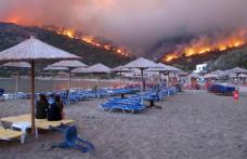 Atenţionare de călătorie pentru Grecia! Pericol ridicat de incendii în mai multe regiuni
