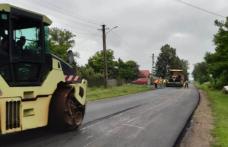Au fost finalizate lucrările de asfaltare pe DJ 282 Drăgușeni – Coțușca – Rădăuți Prut - FOTO