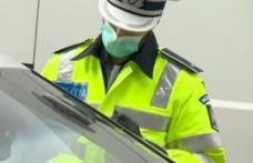 Ce au descoperit polițiștii după ce au oprit un șofer care nu purta centură...